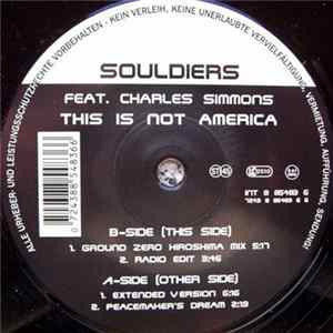 Souldiers Feat. Charles Simmons - This Is Not America herunterladen